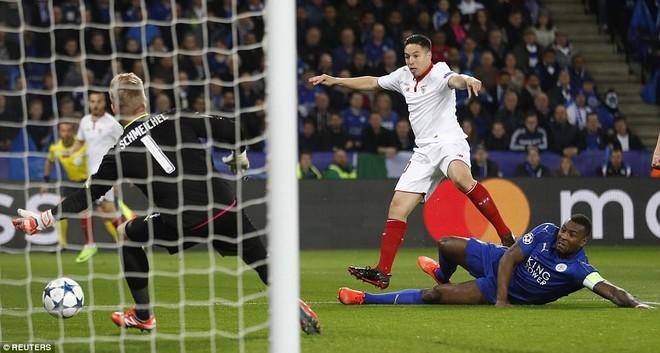 19 ngày sau khi sa thải Ranieri, Leicester tạo thêm kỳ tích tại Champions League - Ảnh 1.
