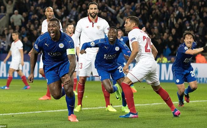 19 ngày sau khi sa thải Ranieri, Leicester tạo thêm kỳ tích tại Champions League