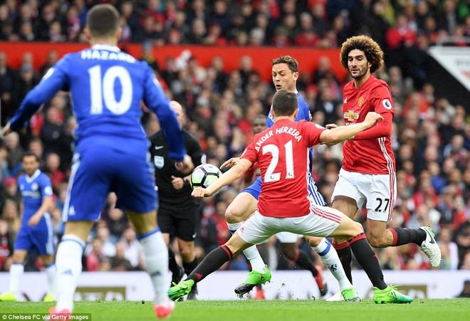 Tự phế võ công để chơi đòn quyết tử, Man United xé tan Chelsea trên Old Trafford - Ảnh 7.