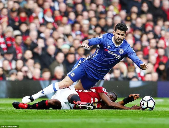 Tự phế võ công để chơi đòn quyết tử, Man United xé tan Chelsea trên Old Trafford - Ảnh 10.