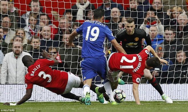 Tự phế võ công để chơi đòn quyết tử, Man United xé tan Chelsea trên Old Trafford - Ảnh 19.