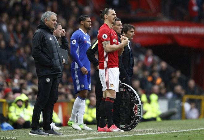 Tự phế võ công để chơi đòn quyết tử, Man United xé tan Chelsea trên Old Trafford - Ảnh 20.