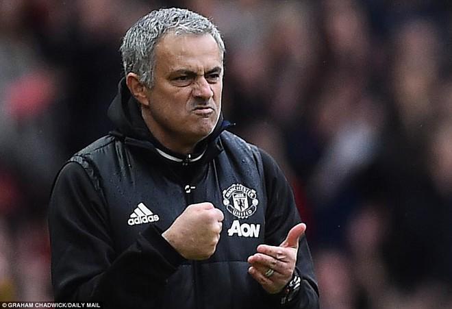 Tự phế võ công để chơi đòn quyết tử, Man United xé tan Chelsea trên Old Trafford - Ảnh 24.
