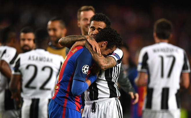 Neymar khóc không dừng được, đối thủ cũng phải ra an ủi