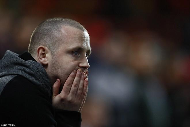 Đặt niềm tin vào Ibrahimovic, Mourinho khiến Old Trafford trải qua đủ 90 phút hãi hùng - Ảnh 13.