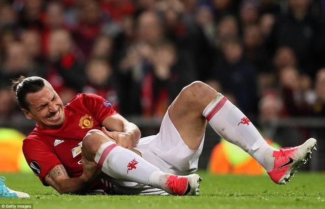 Man United trả giá cực đắt sau tấm vé vào bán kết Europa League - Ảnh 1.