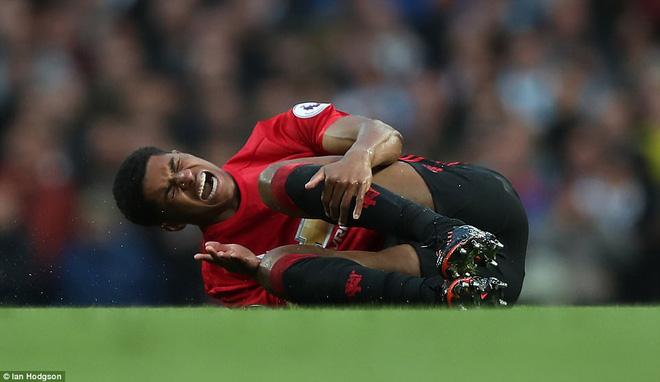 """""""Sống sót"""" sau derby Manchester, Quỷ đỏ thở phào nhẹ nhõm - Ảnh 15"""