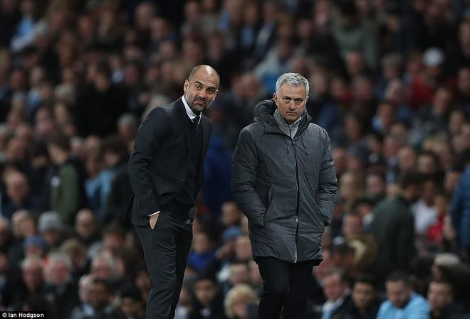 """""""Sống sót"""" sau derby Manchester, Quỷ đỏ thở phào nhẹ nhõm - Ảnh 16"""