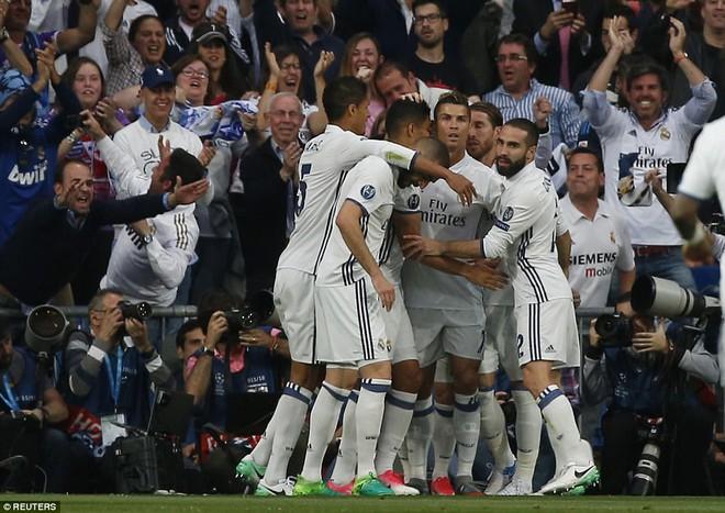 Không cần đá lượt về nữa, bởi Ronaldo đã đặt chỗ cho Real Madrid ở chung kết - Ảnh 8