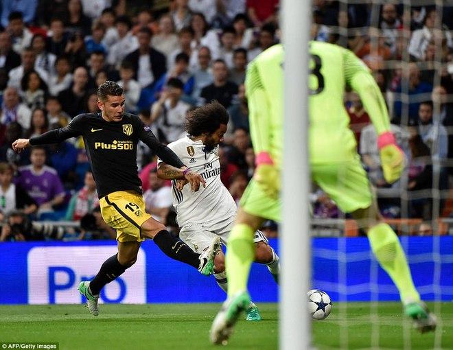 Không cần đá lượt về nữa, bởi Ronaldo đã đặt chỗ cho Real Madrid ở chung kết - Ảnh 12