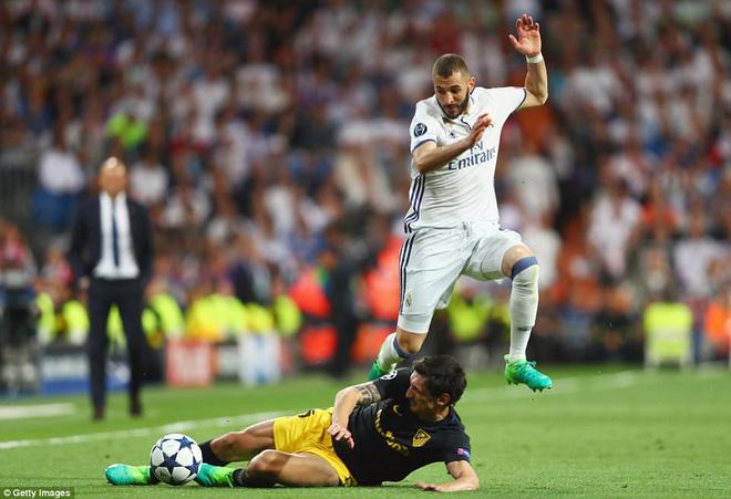 Không cần đá lượt về nữa, bởi Ronaldo đã đặt chỗ cho Real Madrid ở chung kết - Ảnh 14