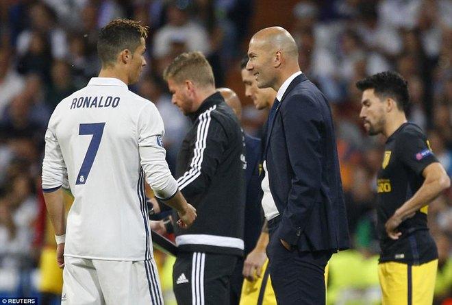Không cần đá lượt về nữa, bởi Ronaldo đã đặt chỗ cho Real Madrid ở chung kết - Ảnh 20