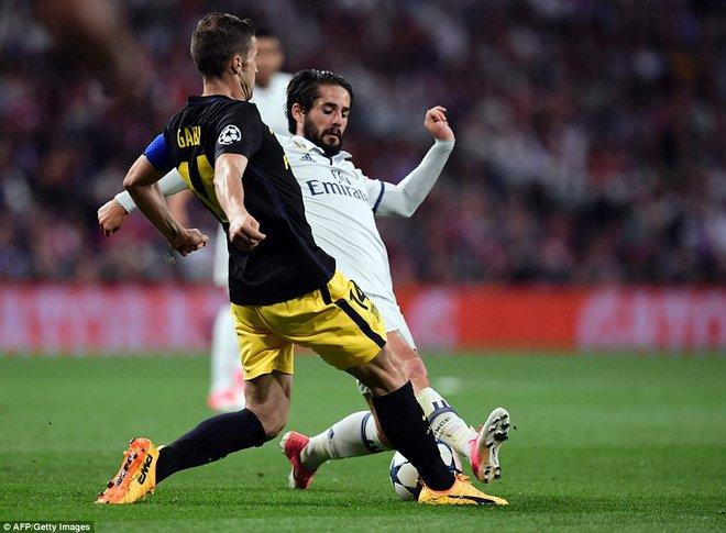 Không cần đá lượt về nữa, bởi Ronaldo đã đặt chỗ cho Real Madrid ở chung kết - Ảnh 21