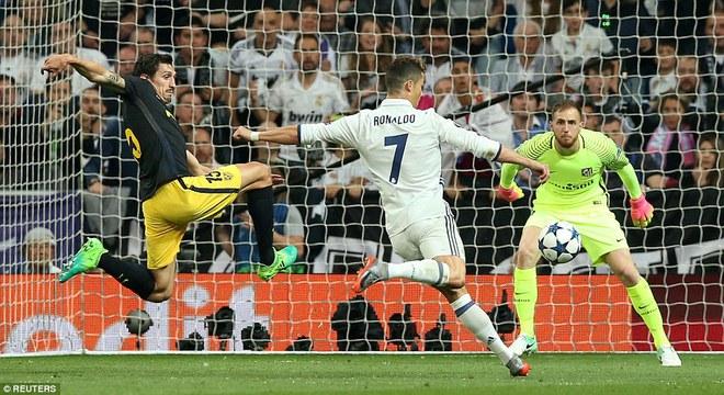 Không cần đá lượt về nữa, bởi Ronaldo đã đặt chỗ cho Real Madrid ở chung kết - Ảnh 2