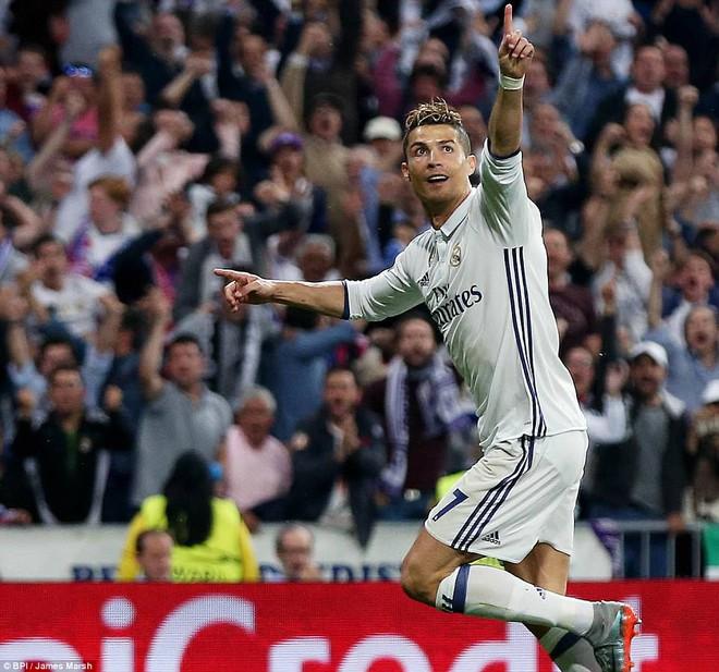 Không cần đá lượt về nữa, bởi Ronaldo đã đặt chỗ cho Real Madrid ở chung kết - Ảnh 23
