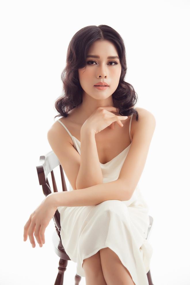 Ca sĩ Cô ba Sài Gòn tung bộ ảnh gợi cảm - ảnh 9