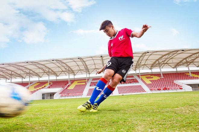 Chính thức: Giggs đến Việt Nam làm sếp, lò PVF đấu đội bóng Premier League - Ảnh 2.