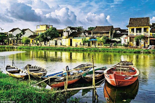 Khách Tây kể về chuyến du lịch thú vị ở Việt Nam trên báo nước ngoài - Ảnh 2.
