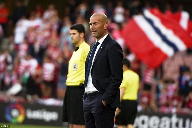 Mặc MSN đồng loạt lập công, Ronaldo vẫn rung đùi cười sướng - Ảnh 23.
