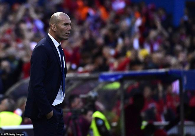 Vicente Calderon gầm vang trong ngày Real Madrid toát mồ hôi lạnh - Ảnh 15