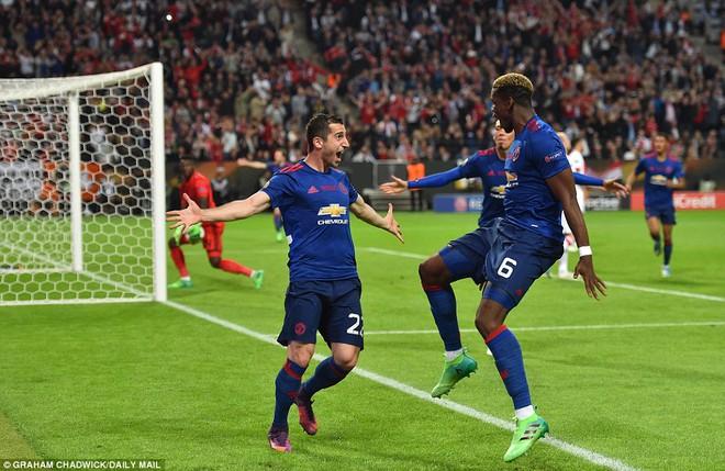 Champions League, Man United đến đây! 18