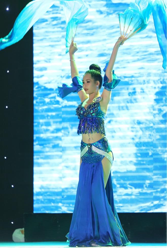 Tân Hoa hậu Đại dương 2017 thừa nhận từng phẫu thuật thẩm mỹ - Ảnh 7.