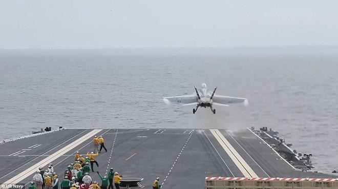 Mỹ gật đầu đưa Hải quân Ấn Độ tiến thẳng ra biển xanh - Ảnh 1.