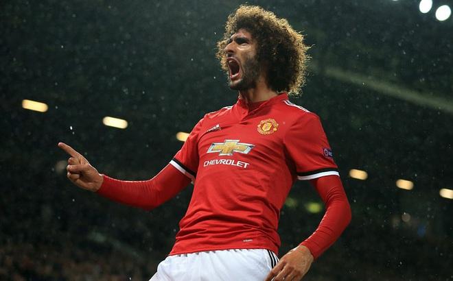 """Mất Pogba chỉ sau 19 phút, Man United vẫn đại thắng nhờ """"con trai Mourinho"""""""