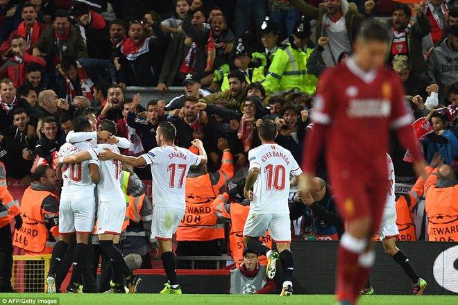 Vận may chưa trở lại, Liverpool chỉ biết ngậm ngùi tự trách mình - Ảnh 21.