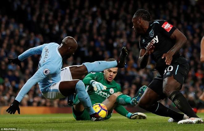 Từng bị Man United ruồng bỏ, người đàn ông khắc khổ vẫn tặng Mourinho vũ khí hạ Man City - Ảnh 2.