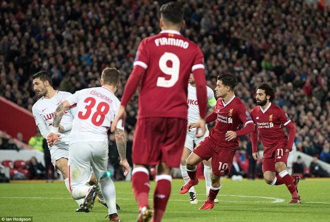 Chiến thắng hủy diệt, Liverpool ra mắt bộ tứ siêu tấn công huyền ảo - Ảnh 17.