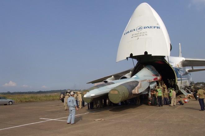 TGĐ Rosoboronexport Nga xác nhận các đơn hàng mua vũ khí mới của Việt Nam - Ảnh 1.