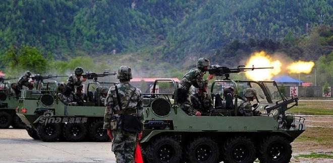 Tây Tạng thêm sức nóng với xe vượt địa hình Linh miêu - Ảnh 4.