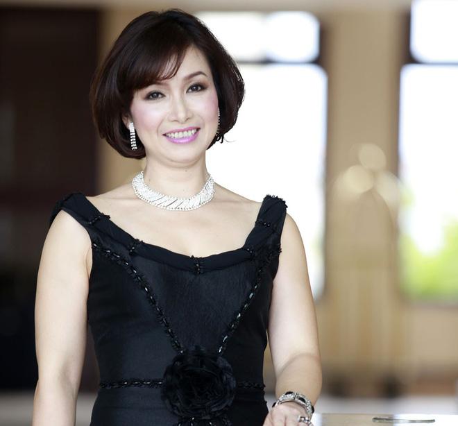 Cha đẻ của Hoa hậu Việt Nam nói gì về phát ngôn của NTK Việt Hùng? - Ảnh 2.