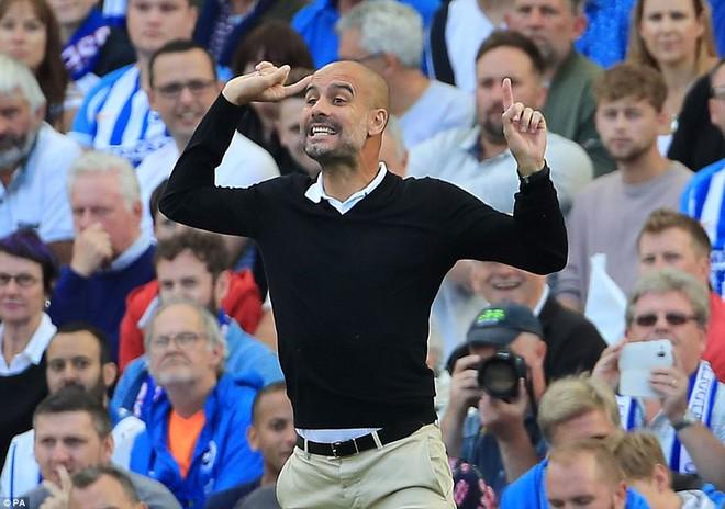 Man xanh thắng cách biệt, Pep Guardiola vẫn tối sầm mặt - Ảnh 6.