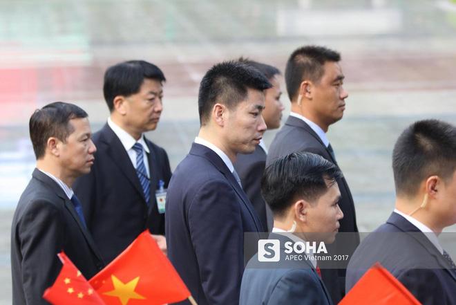 Nhận diện gương mặt đặc biệt trong đội cận vệ tinh nhuệ theo ông Tập sang thăm Việt Nam - Ảnh 11.