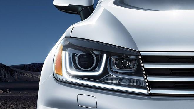 Lộ diện chiếc xe hơi giảm giá mạnh nhất tại thị trường Việt Nam - Ảnh 9.