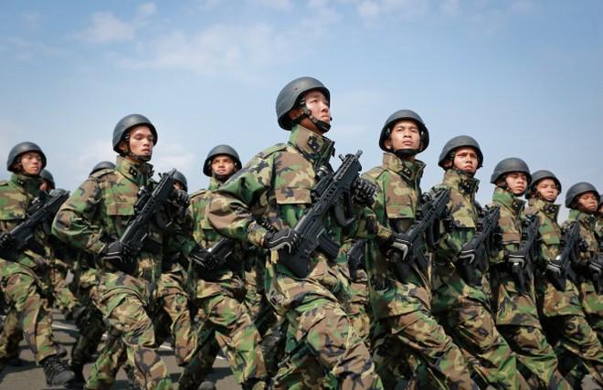 Hình ảnh diễn tập DT-17 của Việt Nam xuất hiện trên mạng Trung Quốc - Ảnh 6.