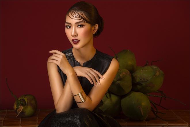Tường Linh hóa quý cô thanh lịch trước thềm thi Hoa hậu Liên lục địa - Ảnh 9.
