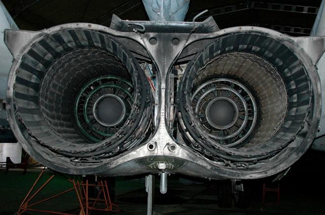 Phi công Su-24 chỉ cần 3s nhảy dù mà không kịp, thủ phạm là thứ không đếm xuể ở Syria? - Ảnh 8.
