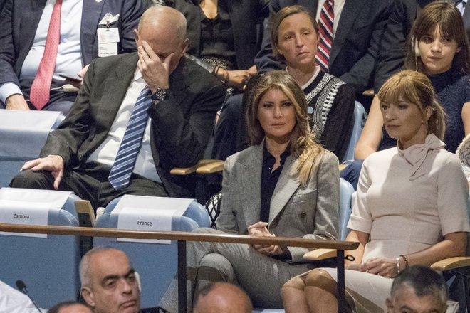 Muôn hình vạn trạng phản ứng của đại biểu với bài nói của ông Trump tại ĐHĐLHQ - Ảnh 12.
