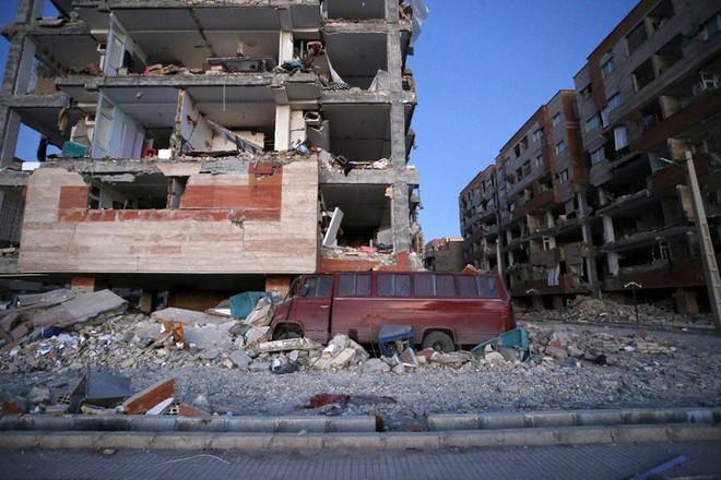 Động đất Iran - Iraq kinh hoàng nhất thế giới 2017: Thương vong đã lên đến hơn 7.000 - Ảnh 2.