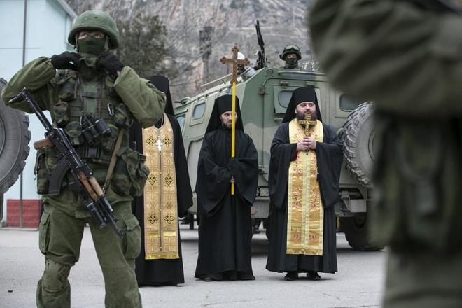 Đặc sắc nghi lễ ban phước cho vũ khí của Quân đội Nga - Ảnh 8.