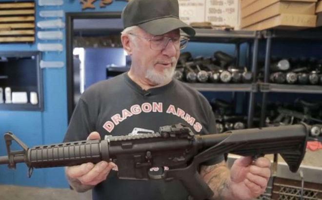 Cơ ngơi và cuộc đời buồn của người đàn ông sở hữu nhiều vũ khí nhất nước Mỹ