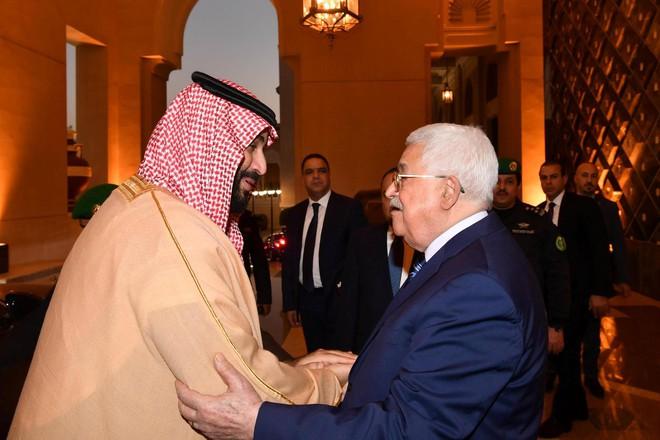 Chống lại cả thế giới Ả Rập, thái tử Saudi khuyên Palestine nghe lời Mỹ về Jerusalem - Ảnh 1.