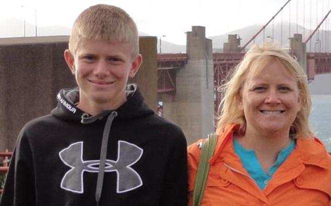 Nam thanh niên bắn chết mẹ ruột vì không cho nuôi chó