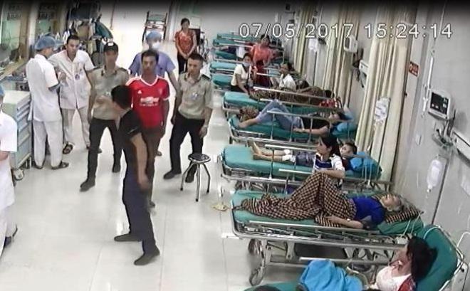 Côn đồ mang theo súng tự chế dọa bác sĩ, bắn nhân viên bảo vệ bệnh viện Hùng Vương