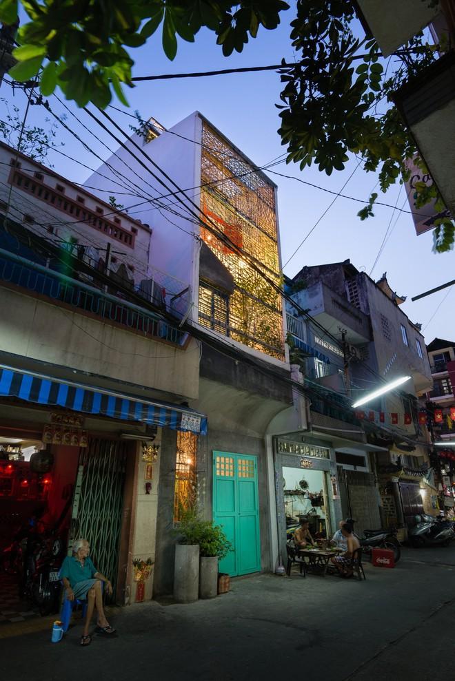 Kiệt tác kiến trúc bên trong ngôi nhà lụp xụp, mặt tiền 3m ở Sài Gòn - Ảnh 15.