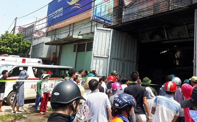 Lối vào duy nhất bị bít, nhiều nạn nhân ôm nhau tử vong trong vụ cháy xưởng ở Hà Nội