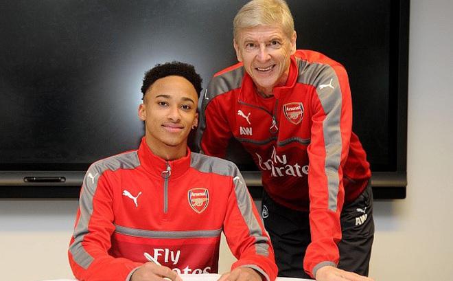 Arsenal ra mắt tân binh đầu tiên trong tháng 1
